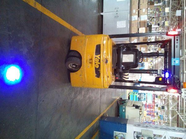 110v High Voltage 6w Forklift Warning Light Blue Point
